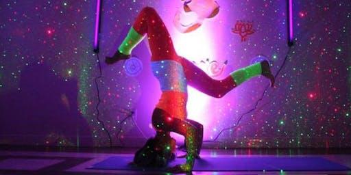 Supa Yogis Glow Flow Yoga
