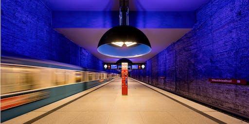 Münchens U-Bahnhöfe bei Nacht