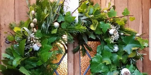 Gardening Lady Christmas Wreath Making Workshop 3