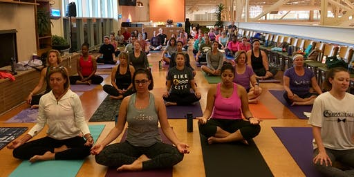 Free Morning Yoga at Schnucks Des Peres