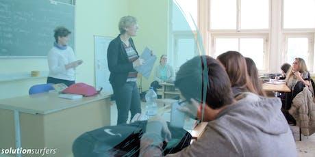 Megoldásépítés az iskolában. WOWW-megközelítés: film+workshop tickets