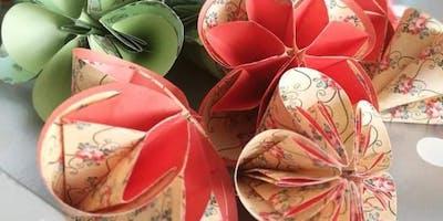 DIY-Kurs: Stilvolle Blütenkunst aus Papier