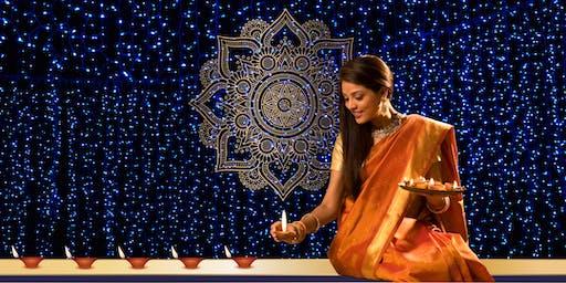 Spettacolo di danza Classica Bharatanatyam, danza Bollywood e Kathak. Dipavali festival 2019
