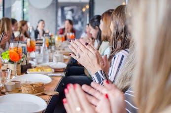 Networking Brunch: Cómo generar impacto desde las comunidades, Gigi Levit entradas
