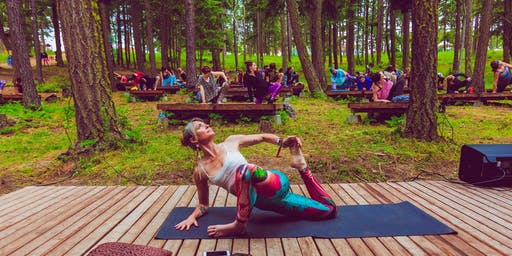 Free Yoga in the Park with Marisa Weppner