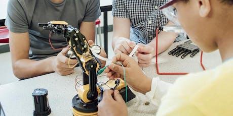 Teacher Discussions on Non-Examination Assessment (NEA) - DESIGN AND TECHNOLOGY / Trafodaethau Athrawon am Asesiadau nas cynhelir drwy Arholiad - DYLUNIO A THECHNOLEG tickets