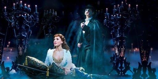 Phantom of the Opera - Dinner & Movie / Swper a Gwylio Ffilm