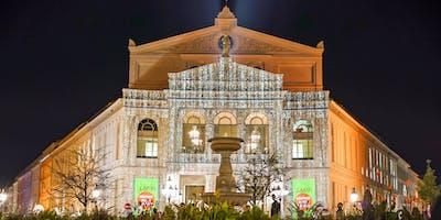 Das Gärtnerplatztheater leuchtet – Lichtinstallation von Raphael Kurig