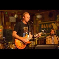Heartland Study Presents Andy Coe Band