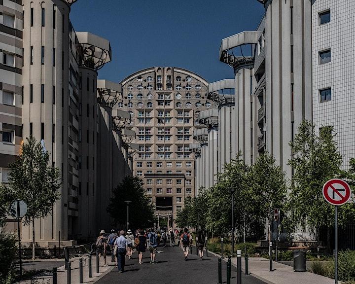 Image pour Les Piétons du Grand Paris. Regards croisés sur la marche urbaine