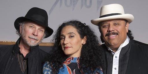 Stringshot: Roy Rogers, Badi Assad, Carlos Reyes