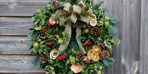 Christmas Wreath Workshop, Dobbies, Barlborough. Second workshop.