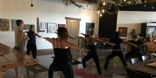 Yoga, Sip and Socialize – Vegan Evening Edition