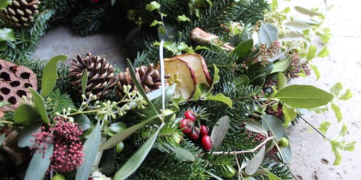 Luxury Wreath Making Workshop With Gin
