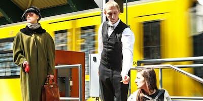 Theater Mann und Frau - Im Menschentrichter-Szenen aus der Großstadt