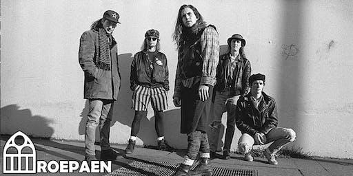 Undercoversessie: Pearl Jam  • Roepaen Podium
