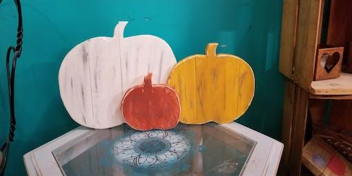 Pallet board DIY class rustic pumpkins