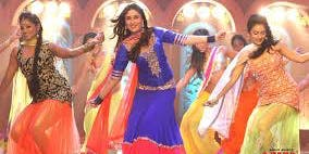 Dance like in a Bollywood movie!