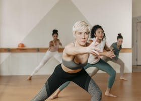 Barre3 at Diane Matthews School of Dance Arts with Jenn
