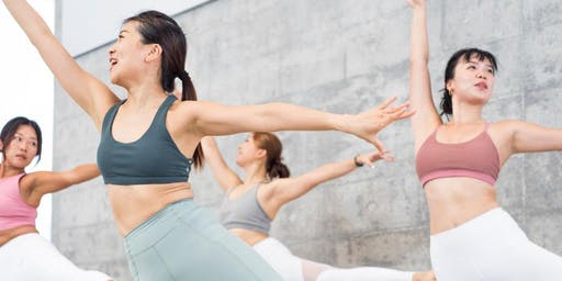 Sweat with Your Beloved Ones, Barre with Linda & Hairin!