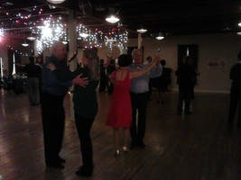 Contemporary Foxtrot Group Lessons
