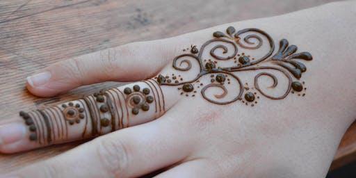 Happy Mondays: Henna Workshop