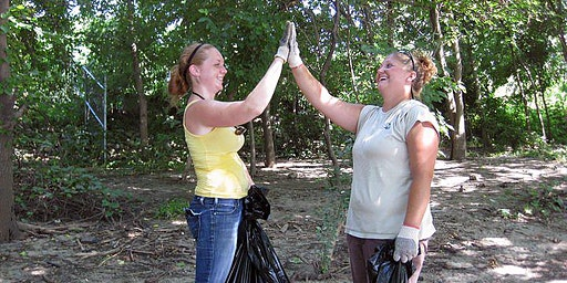 Earth Day Cleanup at Indian Mounds Regional Park