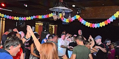 La tua Domenica Latina: Salsa, Timba, Bachata e Kizomba  biglietti