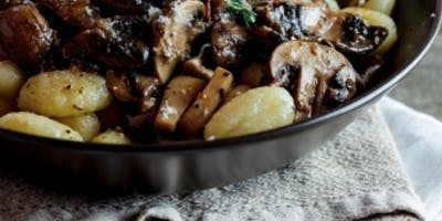 DATE NIGHT | HANDMADE PASTA | GNOCCHI WITH BEEF RAGU