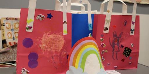 Gwneud Bag o Ddanteithion Calan Gaeaf / Make a Halloween Treat Bag