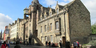 Edinburgh - An Introduction: 900 years in 90 minutes