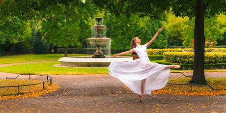 Regents Park. Colours of Autumn. Monday 28th October - 1 Hour Photoshoot tickets