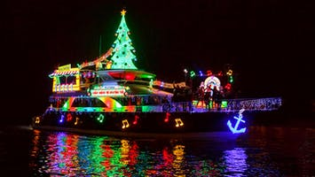 Newport Landing's Holiday Cruises