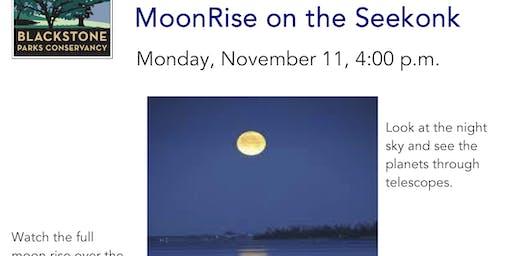 MoonRise on the Seekonk