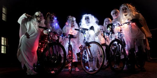 The Wheelin' Banshee Halloween Bike Ride - Derry~Londonderry