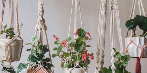 Create + Flow : Macrame Plant Hanger