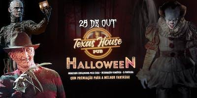 HALLOWEEN TEXAS HOUSE PUB