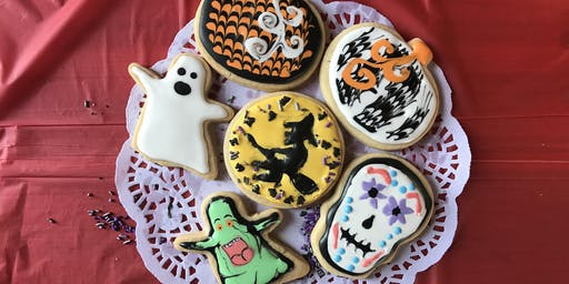 Muddy's Halloween Cookie Decorating Fun!!!