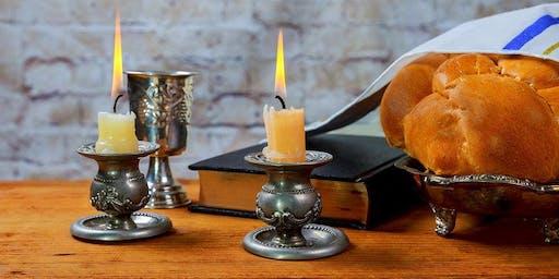 Shabbat Dinner  with Praise & Worship