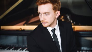 "Dallas Chamber Symphony: ""Saint-Saens: Piano Concerto No. 2"""