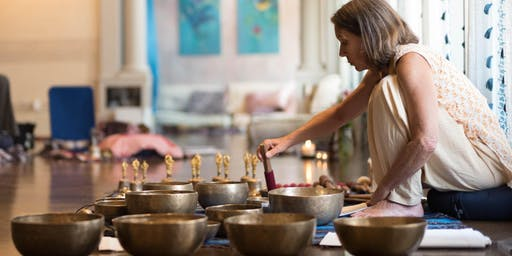 Tibetan Bowl Sound Meditation w/ Diáne Mandle