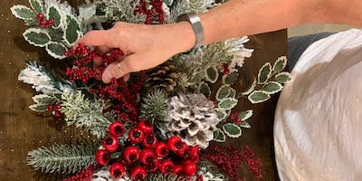 DECK THE HALLS: A TREETIME HOLIDAY MANTLE/TABLE DESIGN WORKSHOP