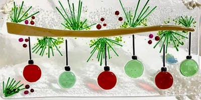 Deck the Halls Fused Glass Panel – 12/04/2019