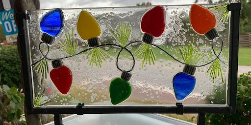 Traditional Christmas String of Lights Fused Glass Panel - 12/10/2019