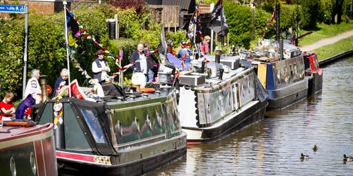 Stoke Bruerne Autumn RCTA Floating Market