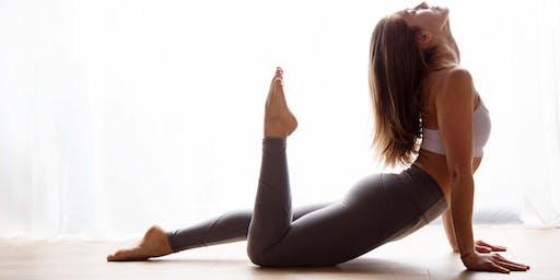 Sunday Morning Yoga with @_yogawithjamie