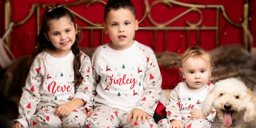 Christmas Mini Photo Shoots (various dates and times for your selection)