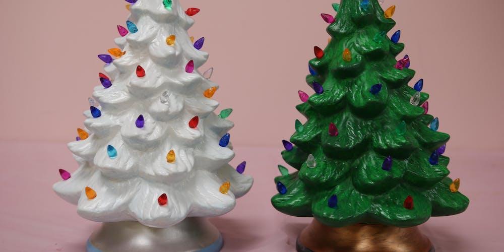 Lighted Christmas Tree.13 Lighted Christmas Tree Byob