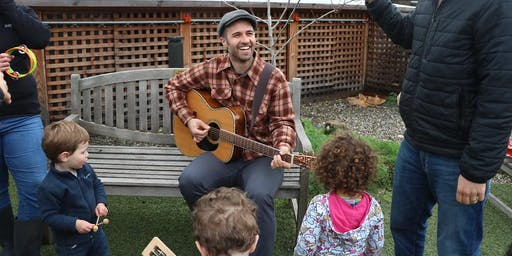 Berkeley Tot Shabbat on the Farm with Isaac Zones