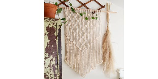Macrame Wall Hanging Workshop @ River Road Coffee and Popsicles